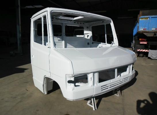 Cabine Mercedes Benz 709/710
